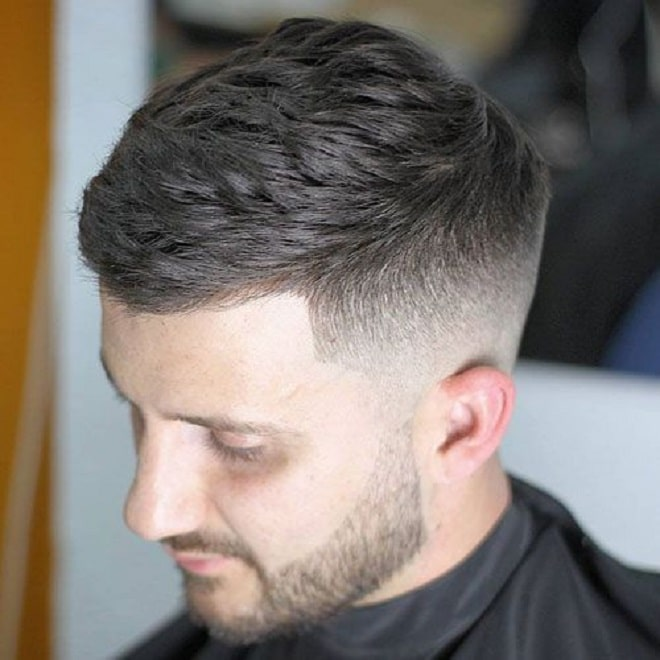 Mẫu tóc Classic Fade With Side Swept Hairstyle